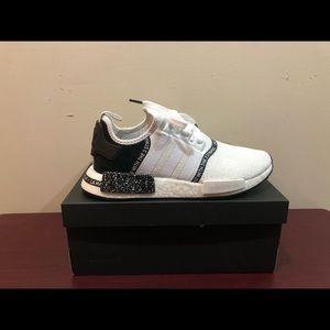 Adidas NMD R1, EF3326, Size 9 or 9.5
